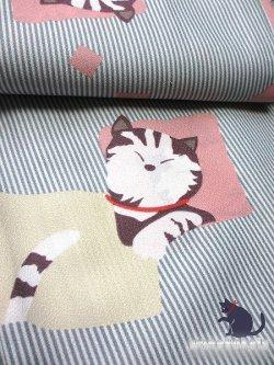 画像2: 洗える着物 単衣の着物 希少 「L」白・グレー系/縞・色紙に猫 HHL-96