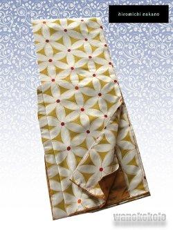 画像1: 洗える着物 袷小紋 変り織「M」●ヒロミチナカノ● 辛子色系/花柄 AKM-1