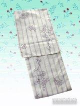 洗える着物 単衣の着物 希少 「M」クリーム系/よろけ縞・花柄 HHM-251